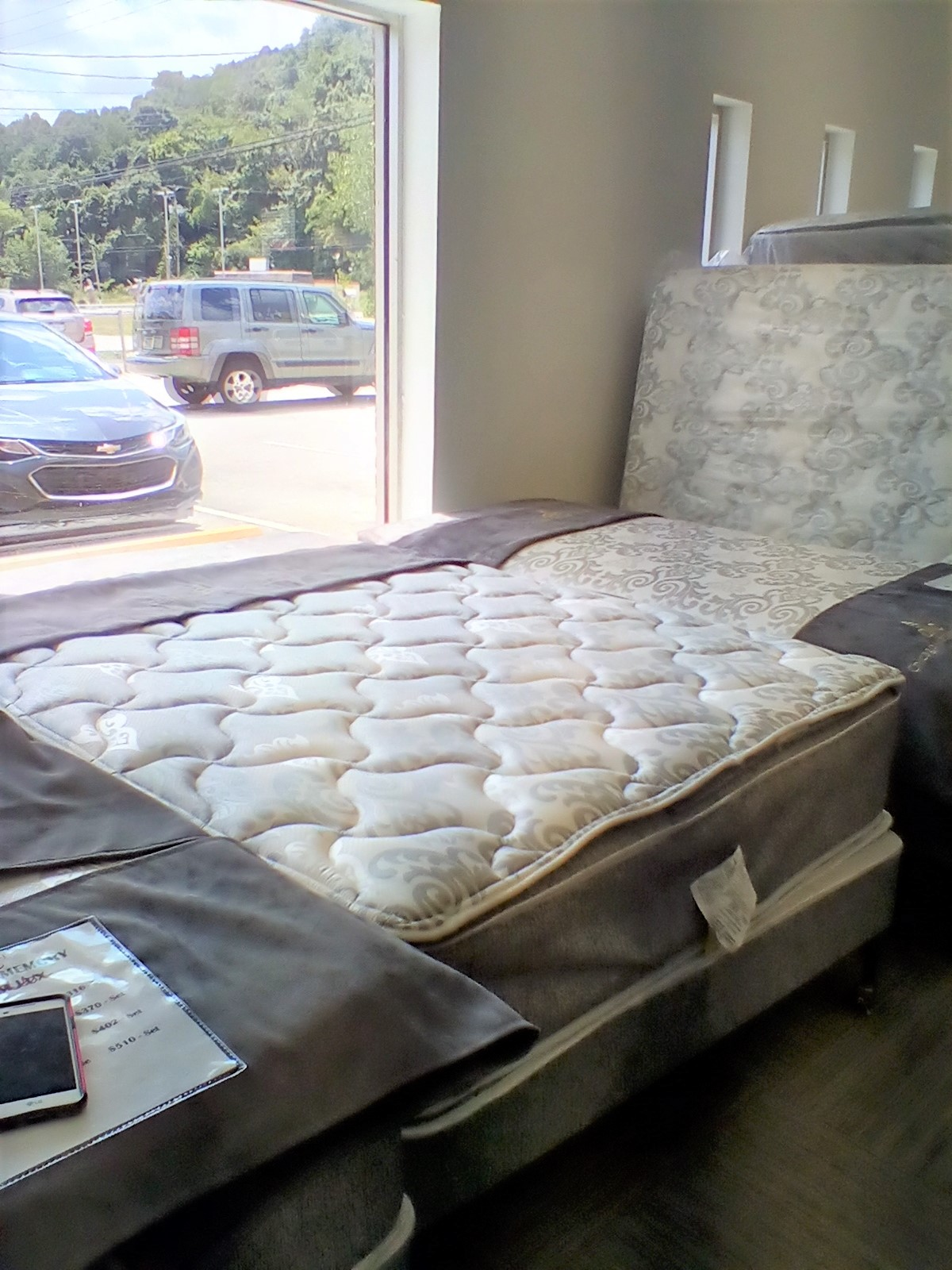 "12"" Promo Quilt and Pillow Top Mattresses For Sale"